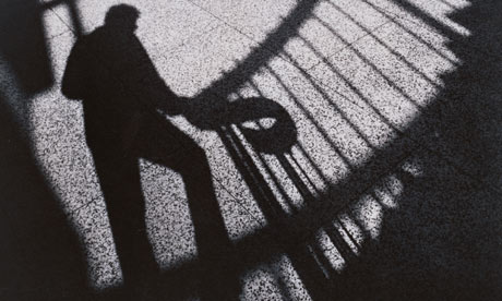 picture from http://regolish.blogspot.com/2012/02/shadows-to-unseen-magician.html