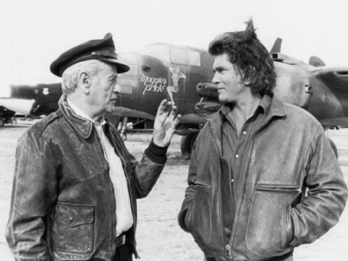 """Eli Wallach with Michael Landon in """"Highway to Heaven"""" episode"""