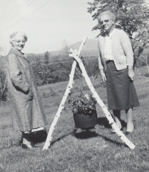 Catherine Cameron (right) in New Hampshire in 1963