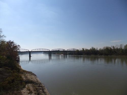 Missouri_River_@_Glasgow_(8414692574)