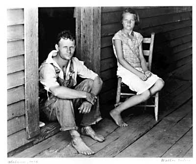Walker Evans, [Floyd and Lucille Burroughs, Hale County Alabama], 1936. Gelatin silver print. Mandatory Credit: ©Walker Evans Archive, The Metropolitan Museum of Art /Published: The New York Times on the Web 07/18/99 Books PLEASE CONTACT Margaret M. Doyle, Senior Press Officer at The Metropolitan Museum of Art (212)-650-2128 FOR FUTURE REPRODUCTION USE.