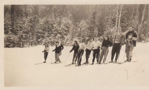 Middlebury skiers