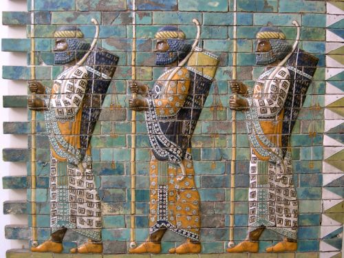 Persian_warriors_from_Berlin_Museum