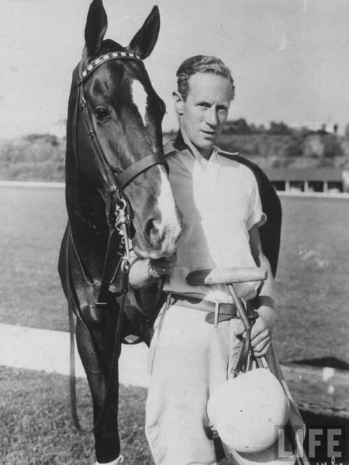 LeslieHoward-1940