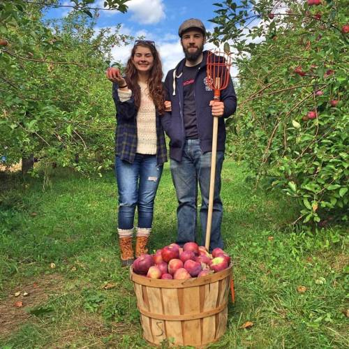 tim-and-abbie-picking-apples