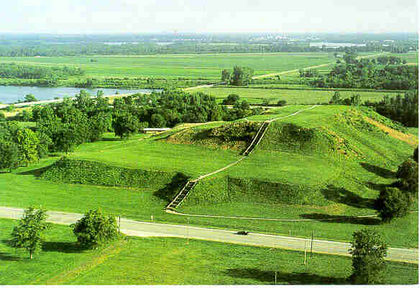 Cahokia-Mounds-Pictures.jpg