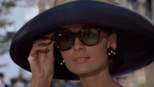 audrey-hepburn-breakfast-tiffanys-sunglasses-hat.jpg